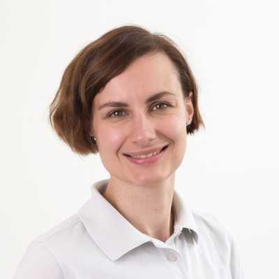 Dr. Maria Lehretz